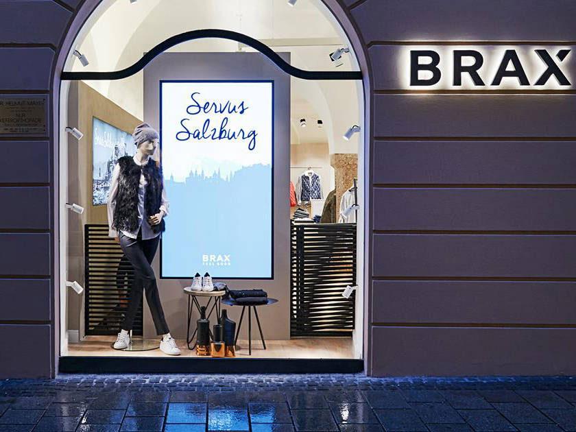 Schaufenster-Display bei Brax in Salzburg