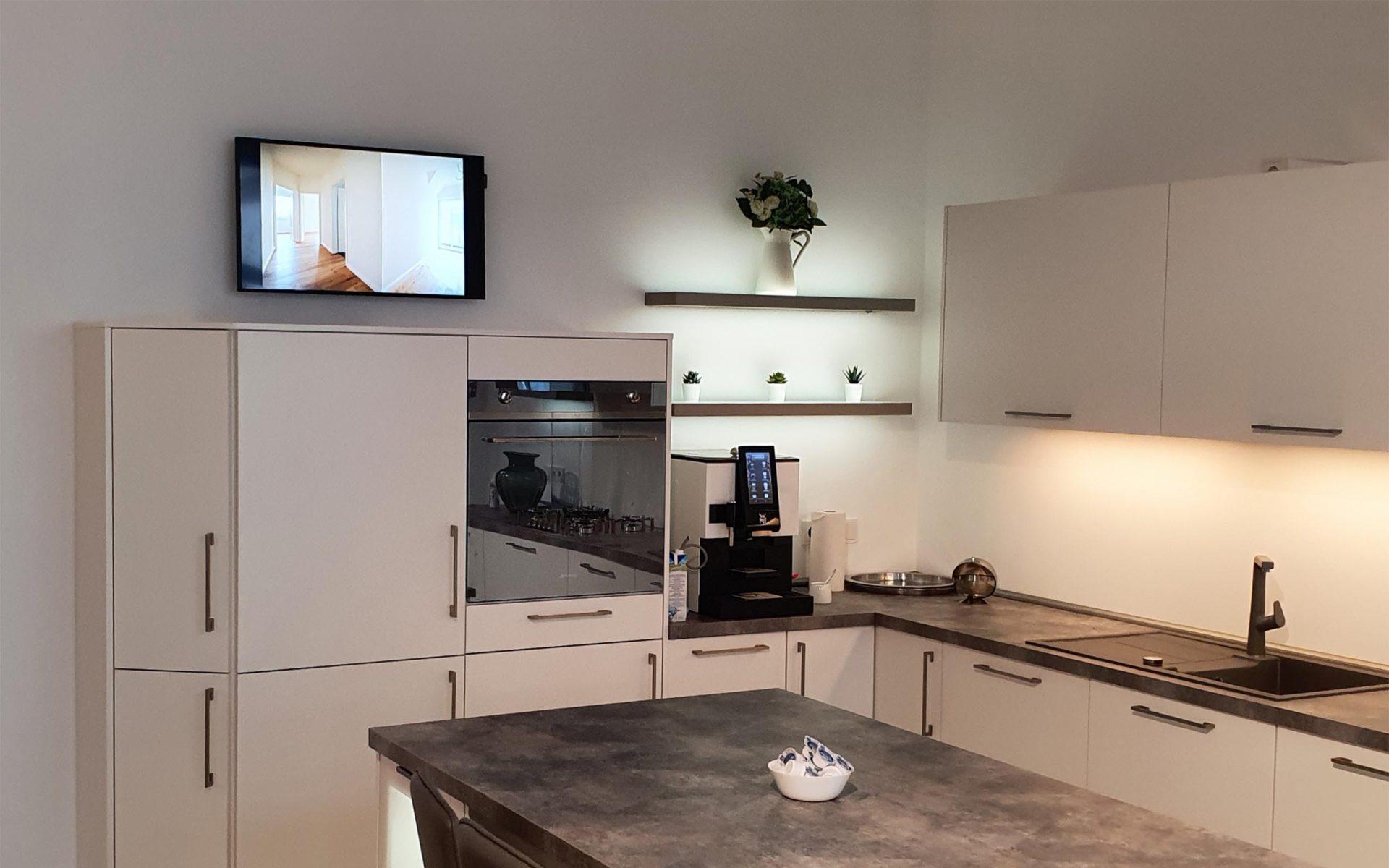 Digital Signage in einer Küchenausstellung